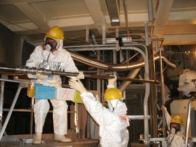 Camera equipment removal at Fukushima unit 2. Source: TEPCO